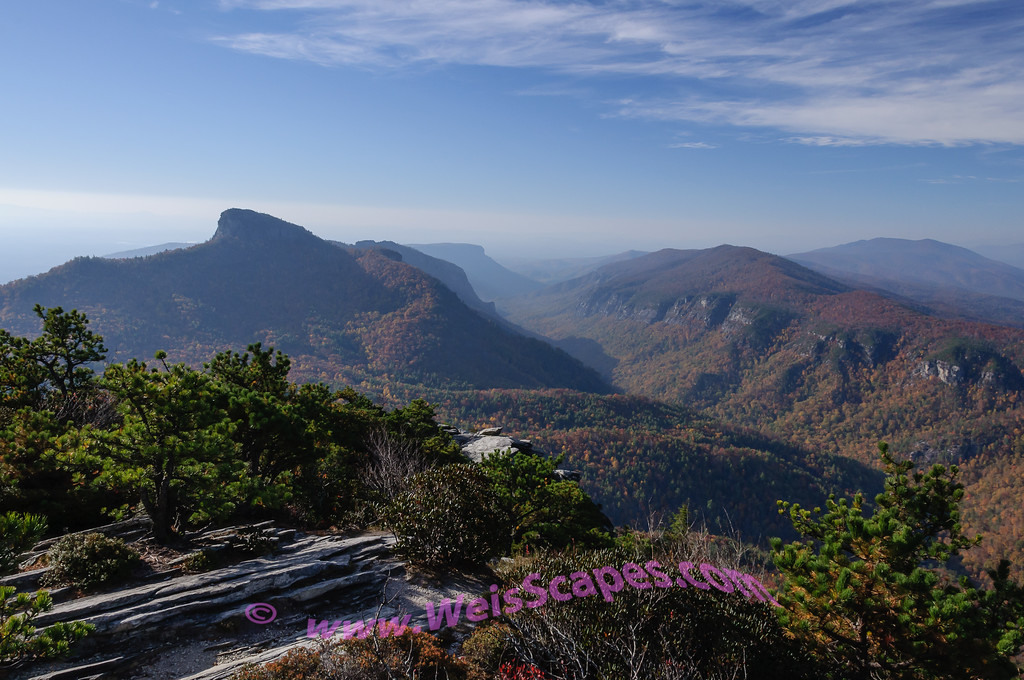 Sunrise over Linville Gorge from Hawksbill mountaintop.