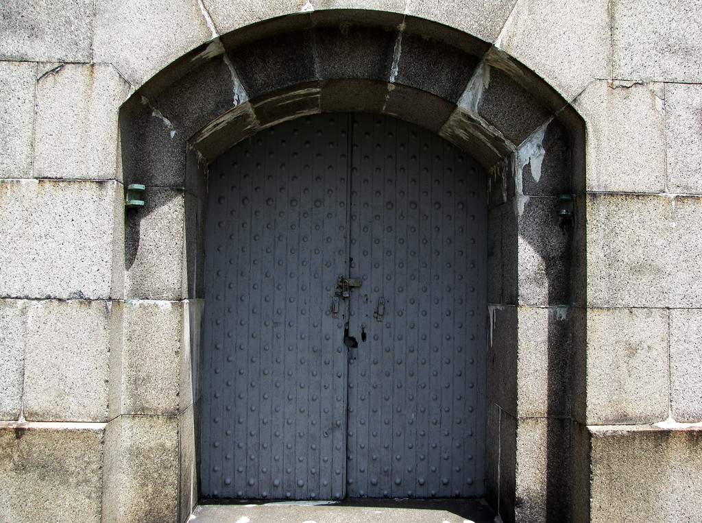 Fort Warren door