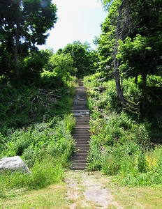 Fort Andrews steps to Officer's Row