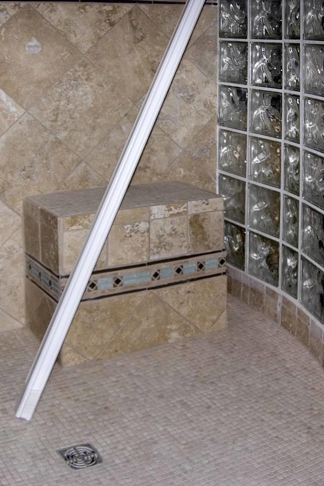 September 14 2004 Seat in shower