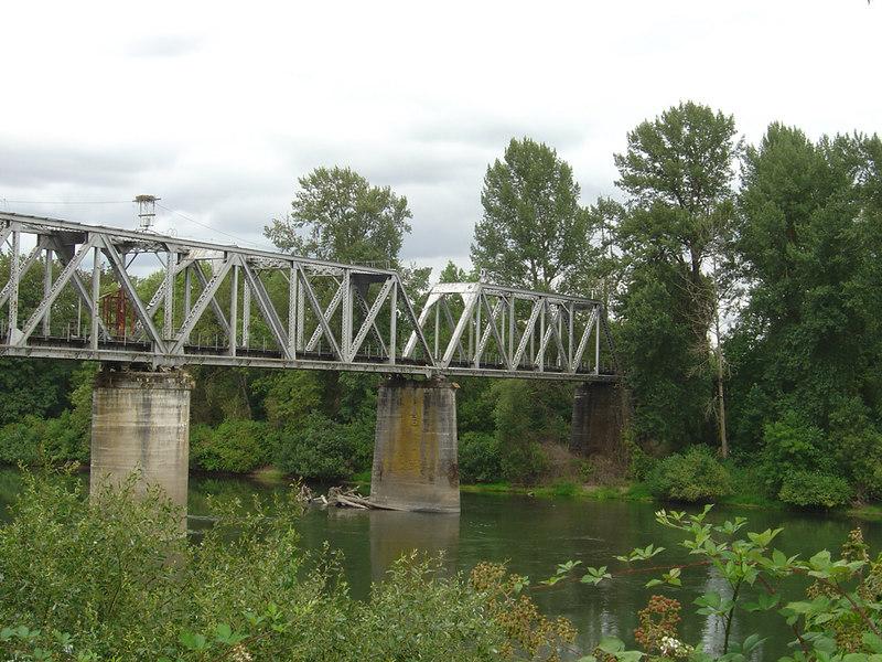Trestle over Willamette River, Albany, Oregon
