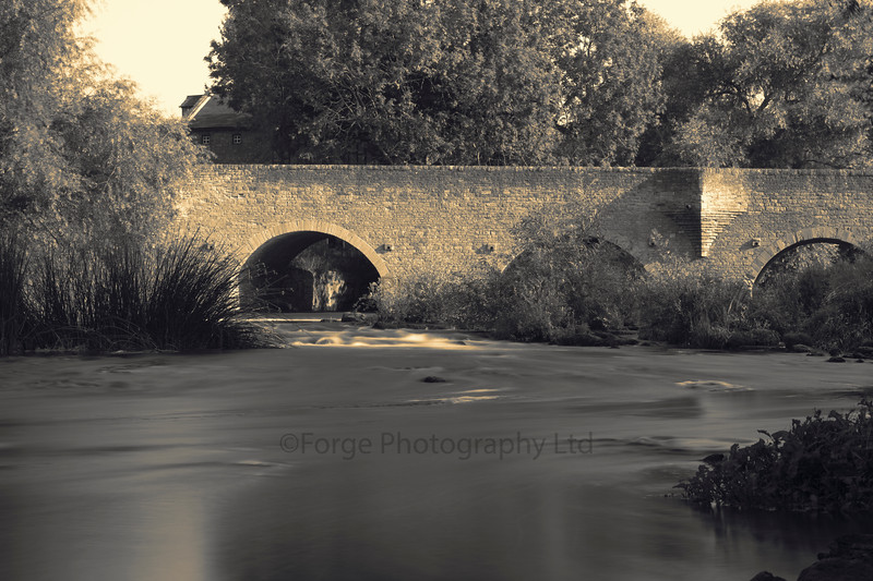 Bromham Bridge