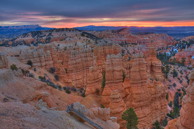 Sunrise before the snow storm - Bryce Fairyland Point