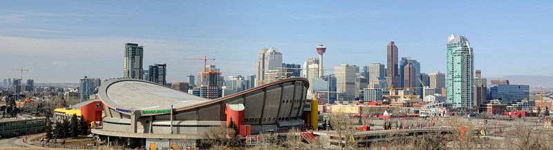 Olympic Saddledome, sponsers Pengrowth, Stampede Park 2009, Calgary Tower
