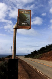 Sign to north bound travelers at the Bixby Bridge.