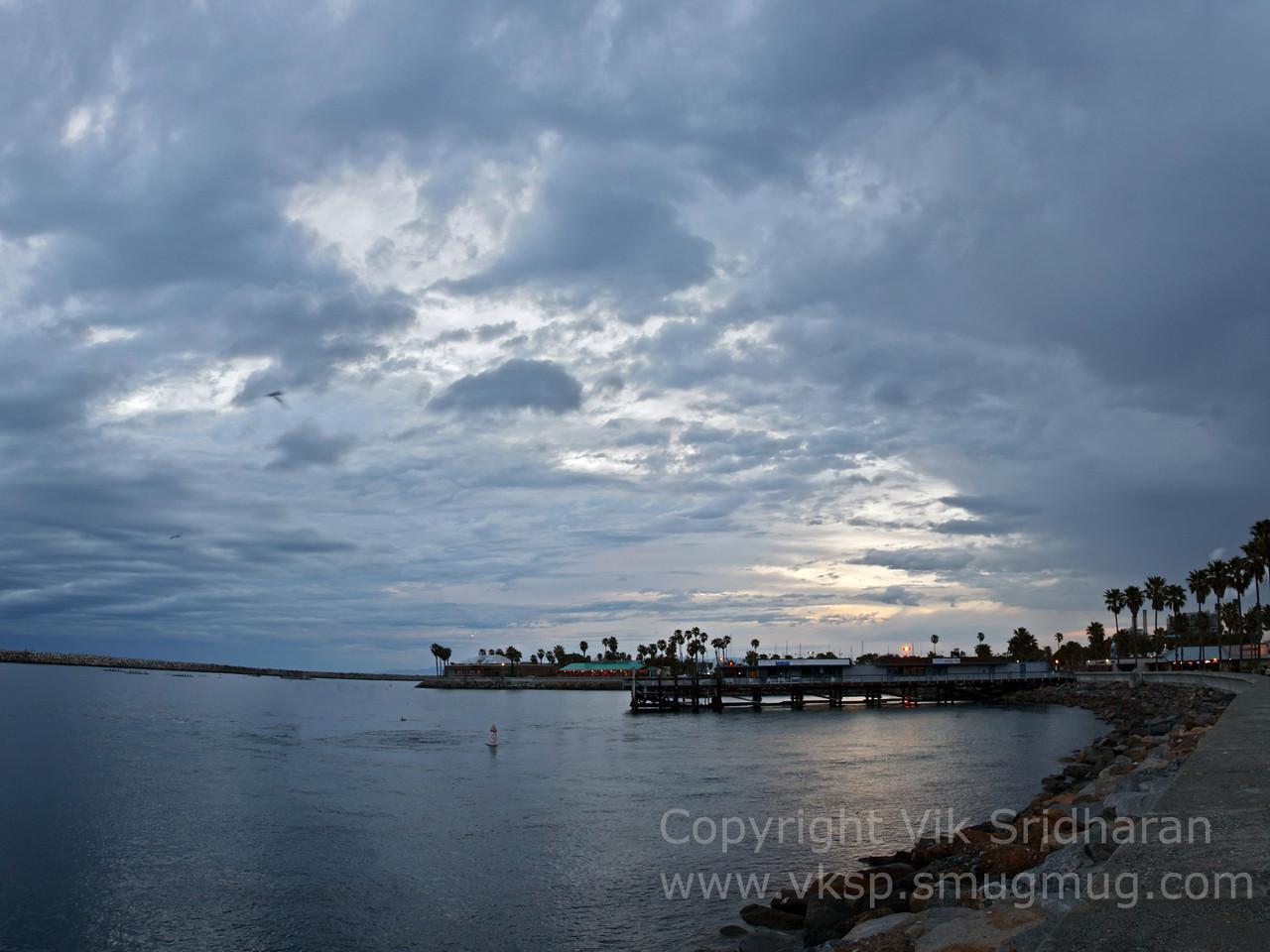 http://www.vksphoto.com/Landscapes/California/Dusk-in-Redondo-Beach/i-kQPtxFq/0/X2/UntitledPanorama1-X2.jpg