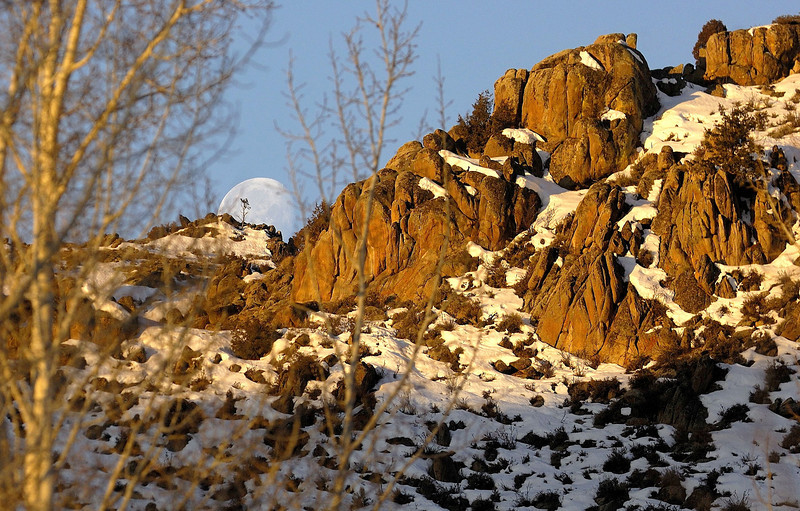 Morning Moon (Gunnison)