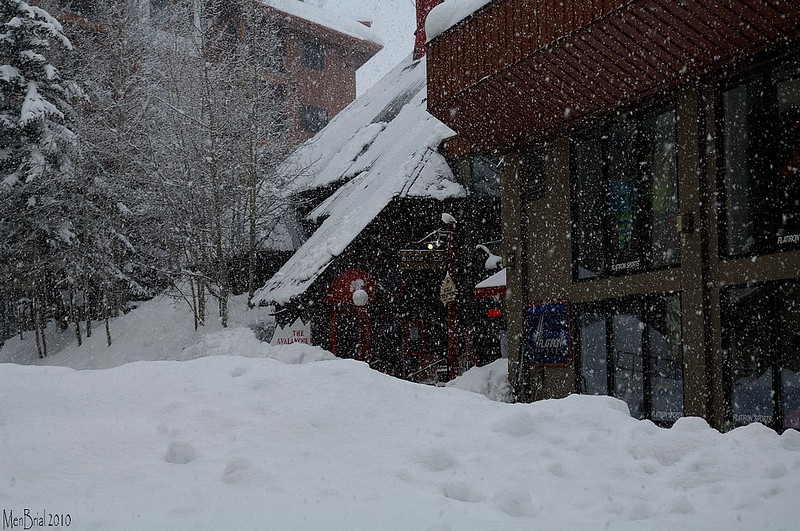 Heavy snow (Mt Crested_Butte )