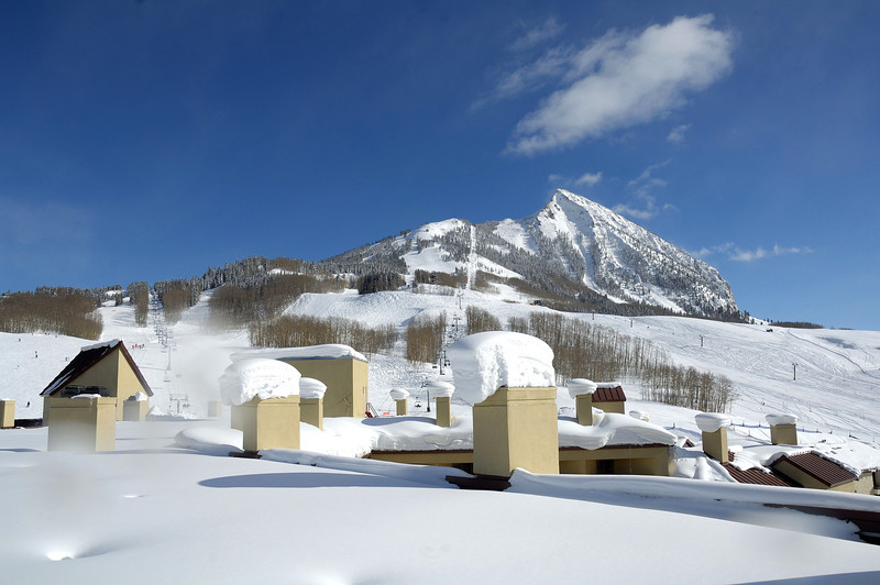 Ski area Mount Crested -Butte ( from the Elevation hotel roof)