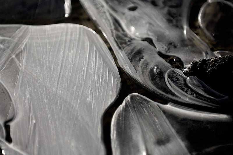 Black ice ( Tomichi creek , Gunnison )