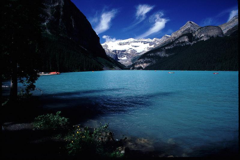 LAKE LOUISE  BANFF NP--CANADA
