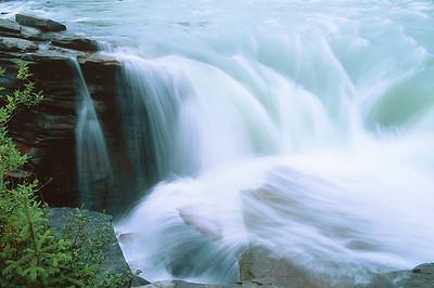 (B064)  Athabasca Falls