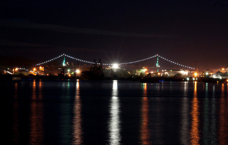 Lions Gate Bridge at night.