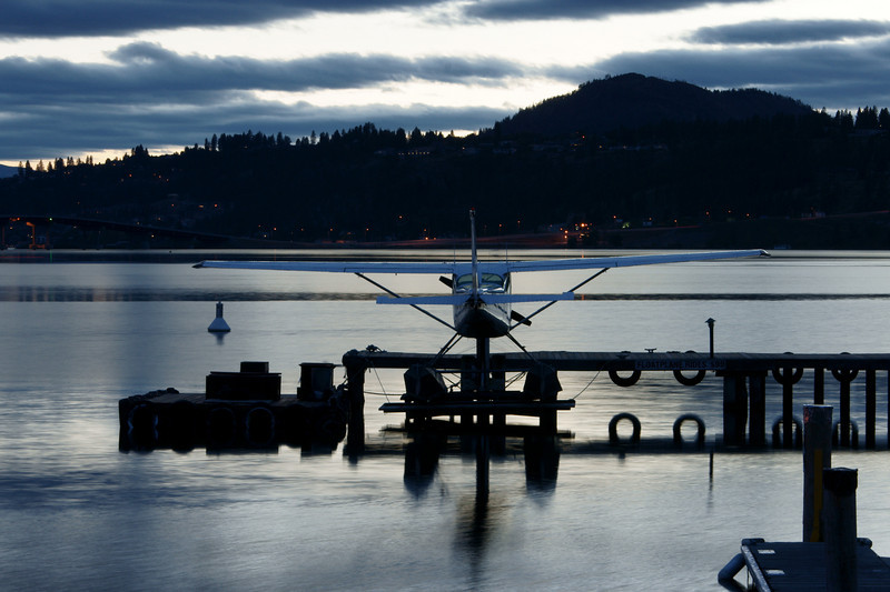 Float plane Okanagan Lake BC