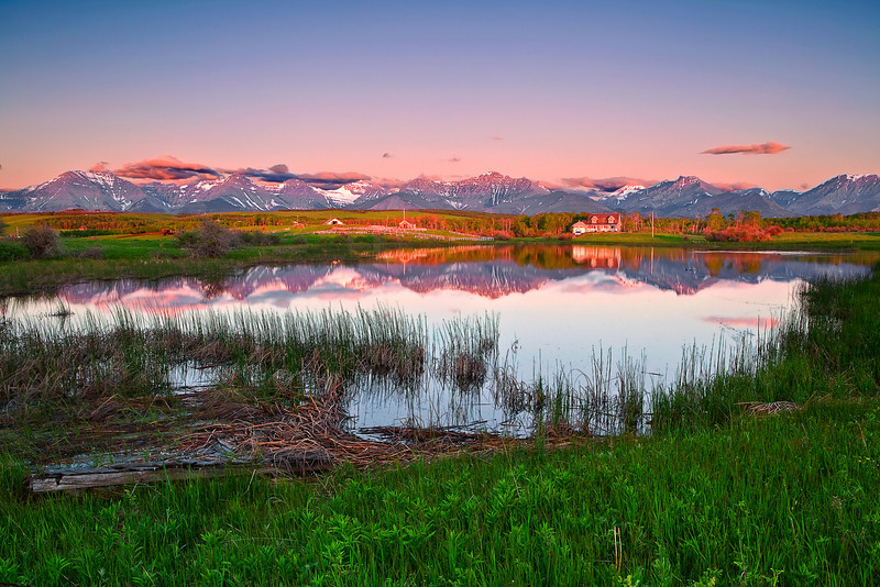 Canadian Rockies Farmland, Sunrise.  Landscape, Reflection,  加拿大, 洛矶山脉, 沃特顿国家公园, 风景