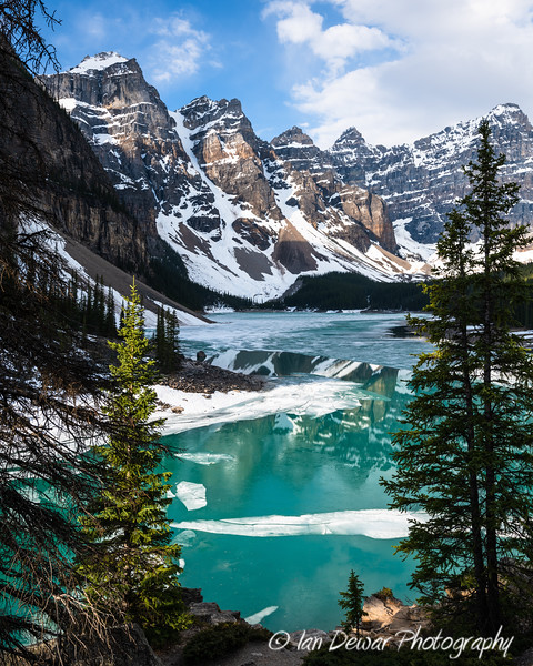 Ice Melting on Moraine Lake