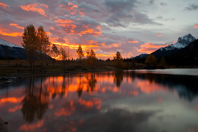 Sunrise at Quarry Lake, Canmore