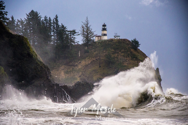 53  Cape Disappointment Waves