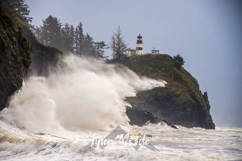 23  Cape Disappointment Waves