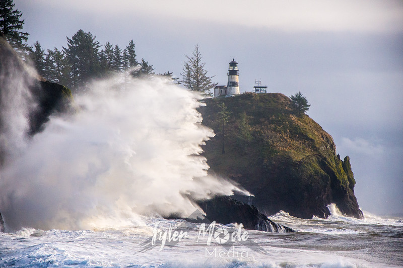 83  Cape Disappointment Waves