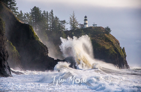 Cape Disappointment Big Waves 12.11.15