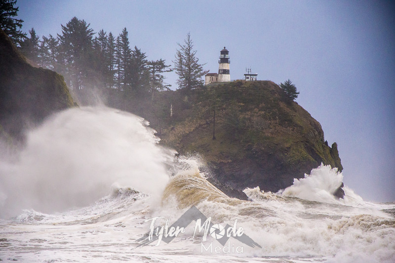 61  Cape Disappointment Waves