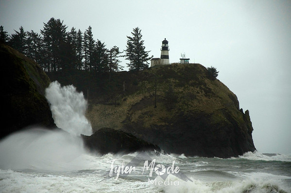 Cape Disappointment Waves 2.18.12