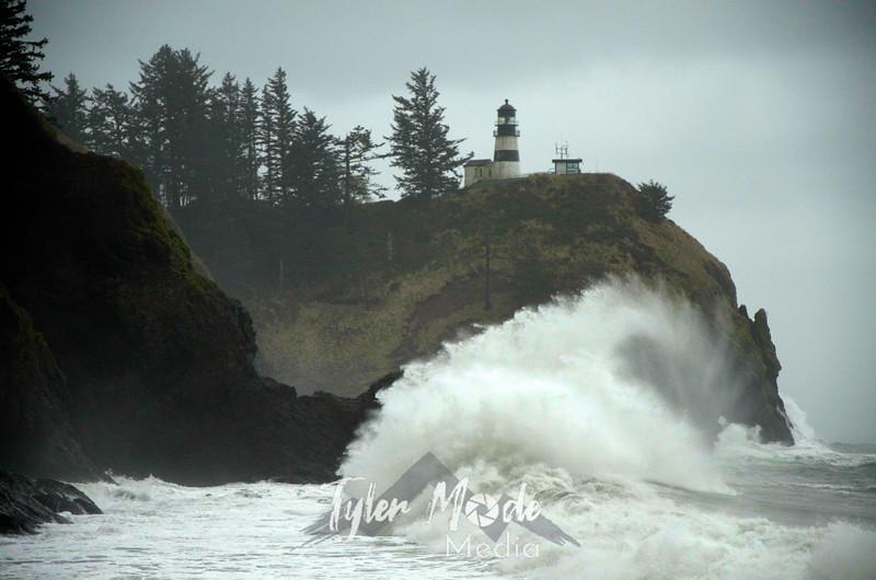34  G Cape D Waves