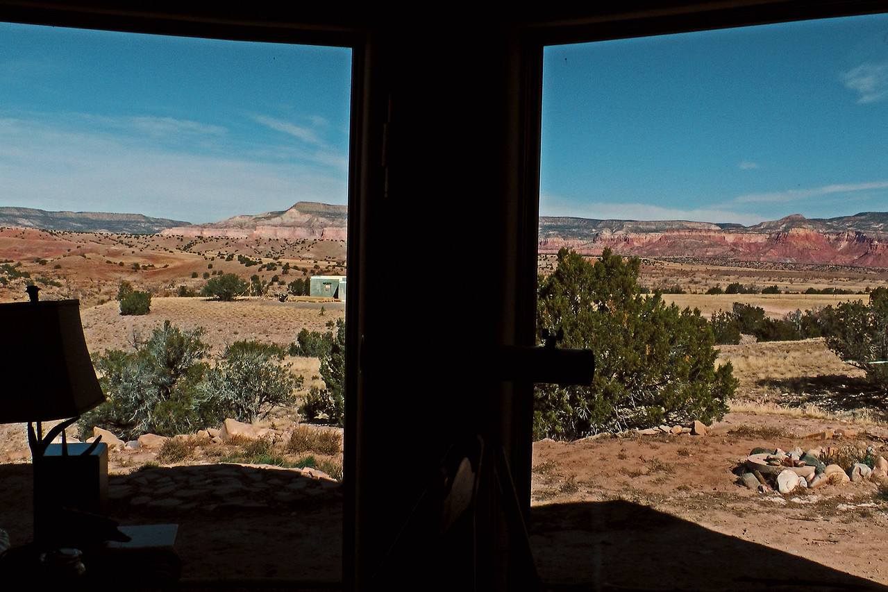 Casita del Lago, above Lake Abiquiu and Chama River, New Mexico  http://www.thecasitadellago.com/The_Casita_del_Lago/Home.html