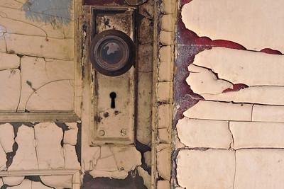 Mitchell Door knob