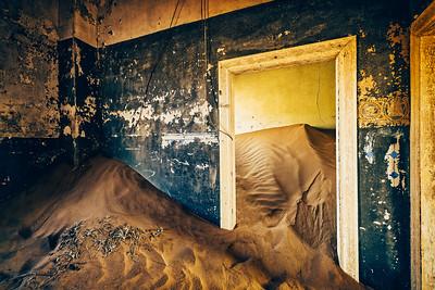 Echos of the past in Kolmanskop