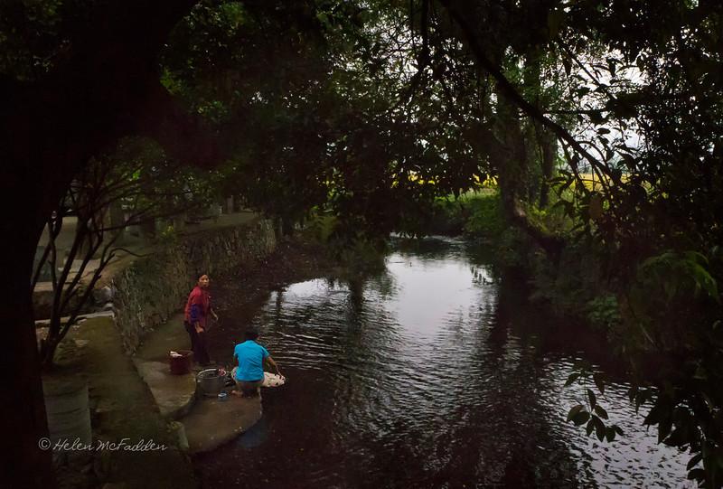 Washing in Jiantou Village