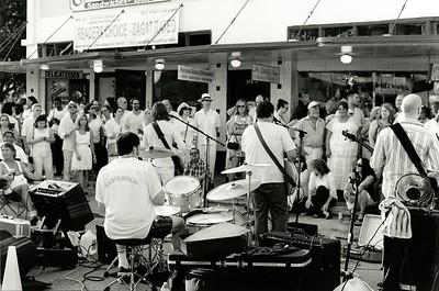 White Linen Night Street Band