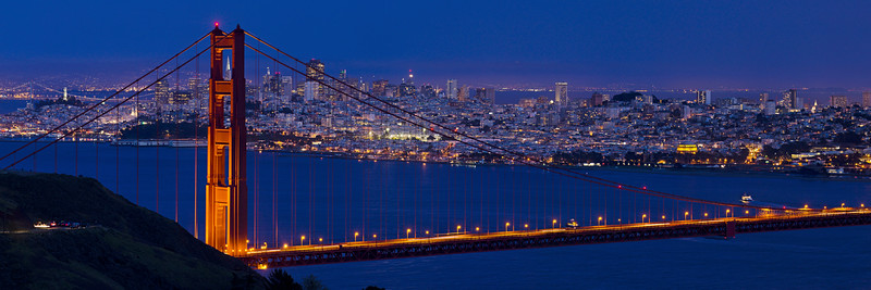 San-Francisco-Golden-Gate-Bridge-Coit-Tower-Transamerica-Pyramid-Dusk_J706120