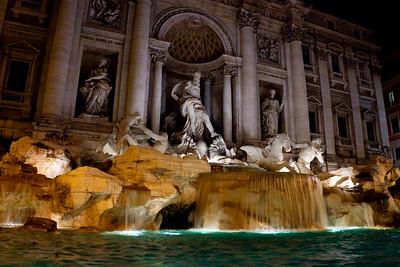 The Fontana di Trevi (Trevi Fountain) at night, Rome, Italy 2010