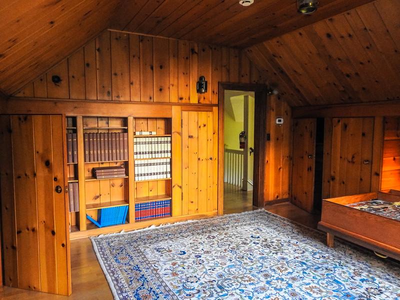 The Schmidt House 022016-104