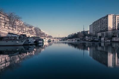 Bastille Harbour - Arthur