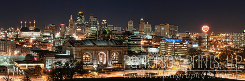Union Station and the Kansas City skyline at night.