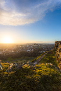Last light over Edinburgh - Arthur