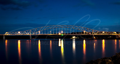 Julien Dubuque Bridge