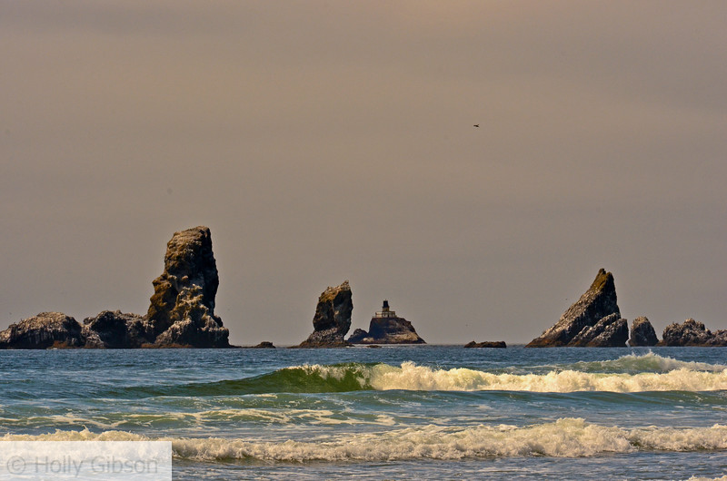 Tillamook lighthouse from Crescent Beach - Hike from Seaside to Cannon Beach - Oregon Coast