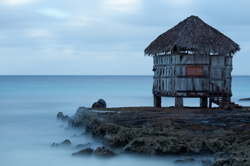 Playa Pesquero, Cuba