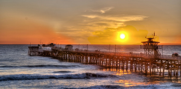 Sunset at San Clemente Pier