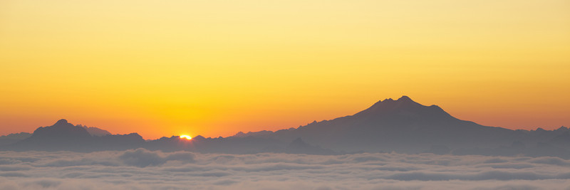 Sunrise over Glacier Peak and Three Fingers