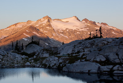 Sun rise over Mount Daniel, Alpine Lakes Wilderness, Washington