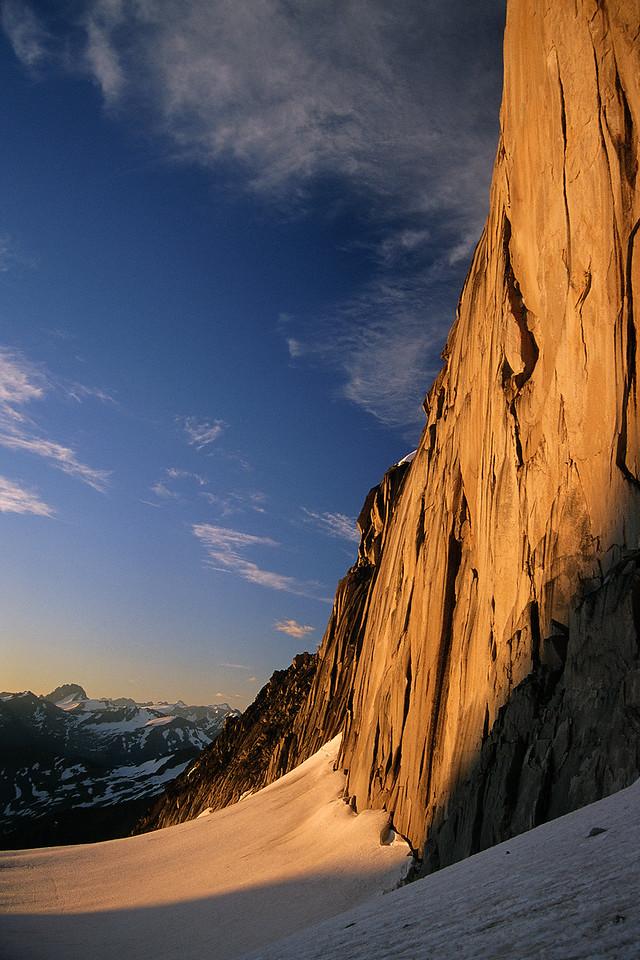 Sunrise on Snowpatch