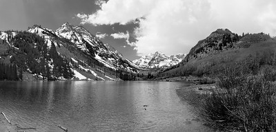 Maroon Bells with Pyramid Peak from Mid-Lake