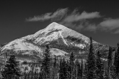 Hahn's Peak in black and white