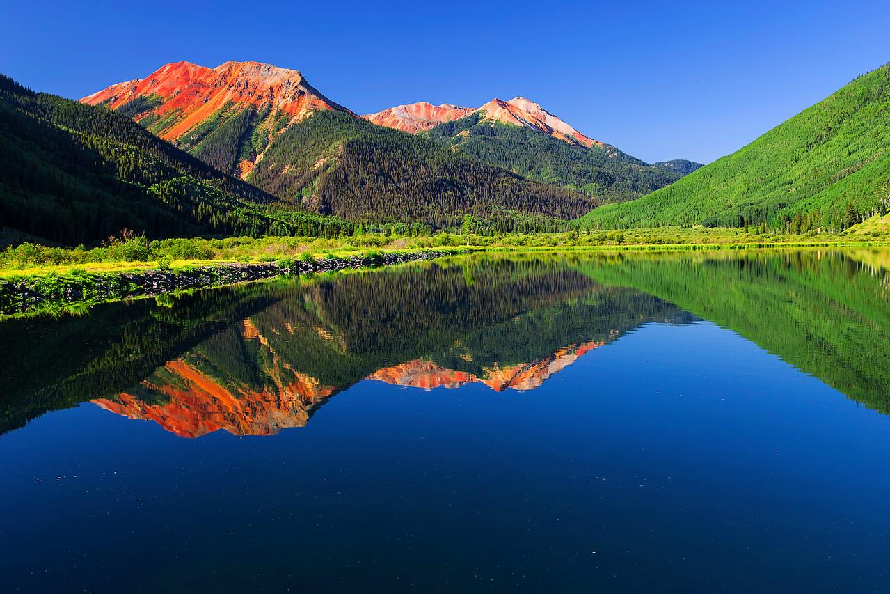 Colorado, Ouray, Red Mountain, Reflection