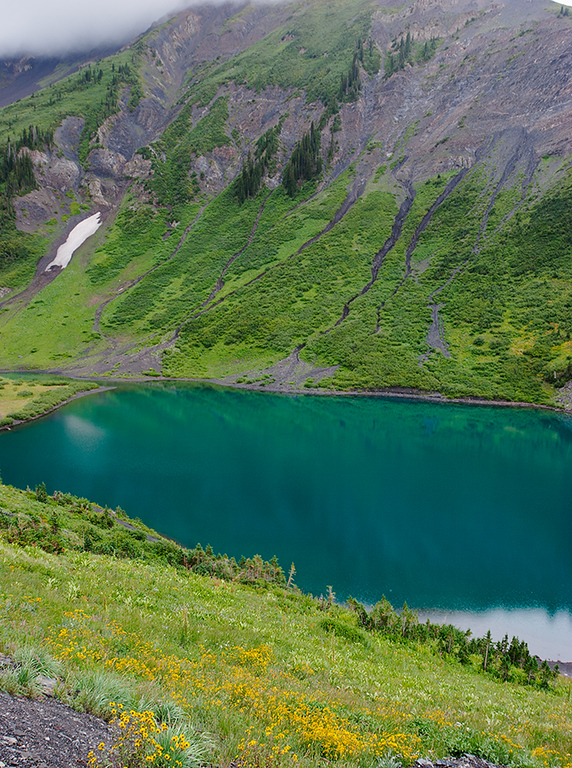 (WC-08058)  Emerald Lake on Schofield Pass in Gunnison National Forest.